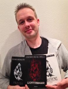 Hobbyautor J Ringhoff mit seiner Trilogie