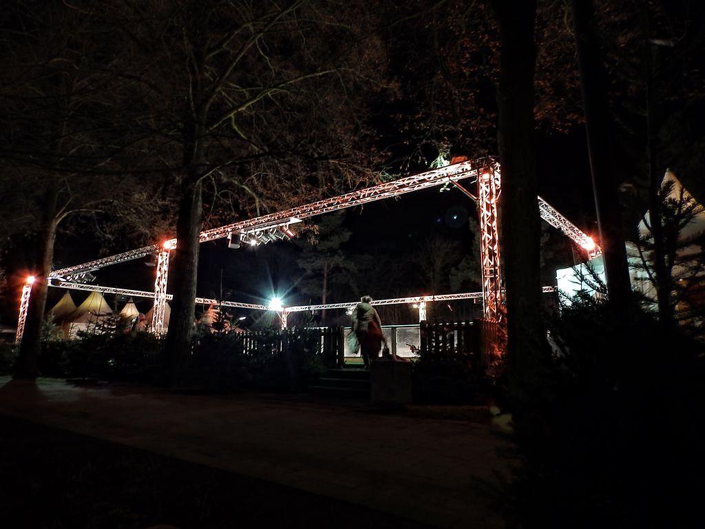 2014-12-19-Eisbahn Start (1)