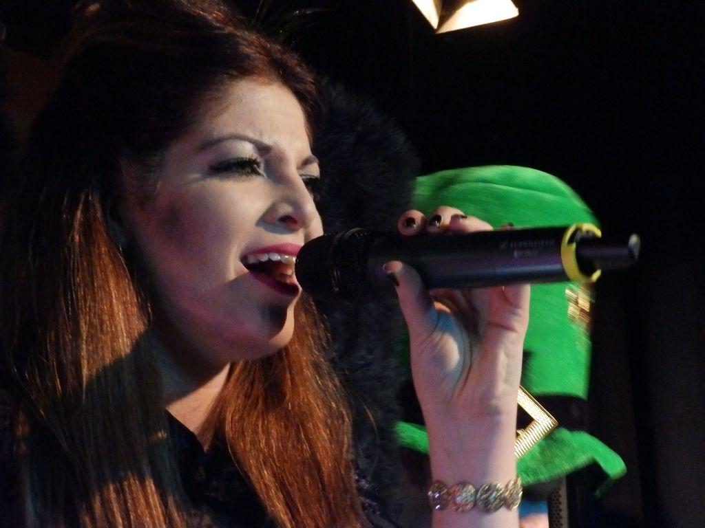 Melanie Ferringo als böse Märchenbraut verkleidet