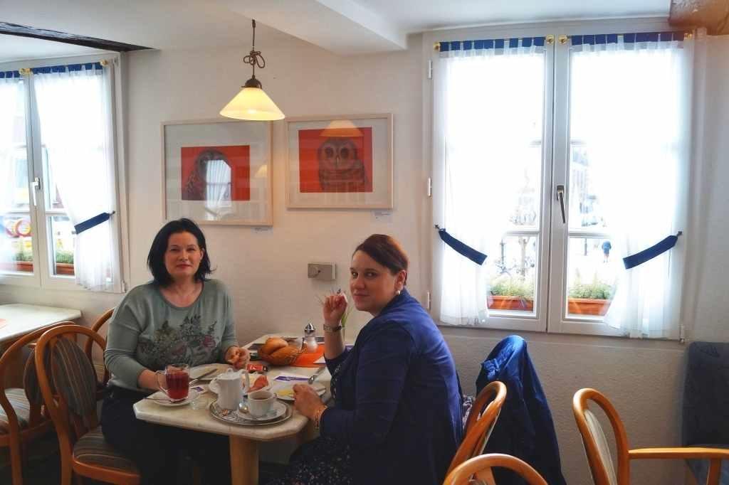 Frau Lidija Ilieva und Ewa Enenkiel-Tkaszyk; Konditorei Stutenbäumer